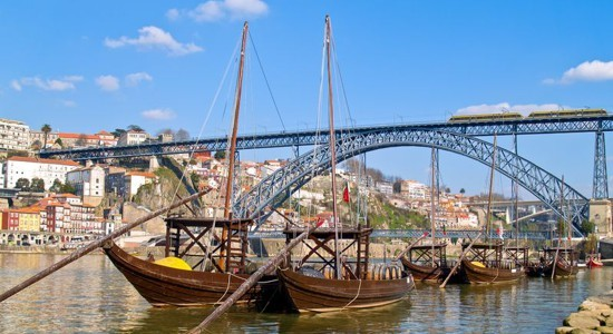 find out the best time to book a river cruise on the Douro