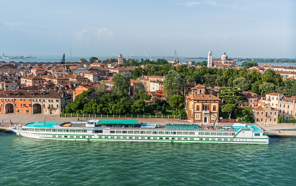 enjoy the best river cruises in Europe with Global River Cruising.