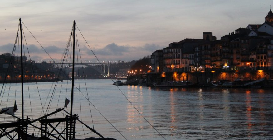see the city of Porto on a Douro river cruise
