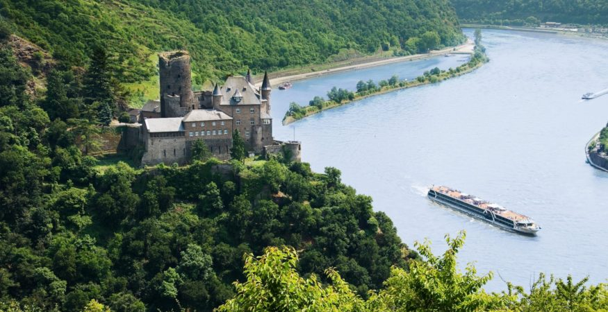 Amadeus Elegant on the Rhine