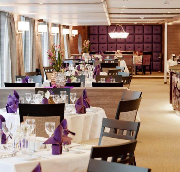 Amadeus Silver II Restaurant