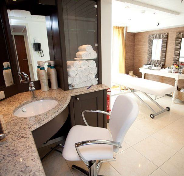 AmaWaterways - AmaLyra Massage Services and Hair Salon