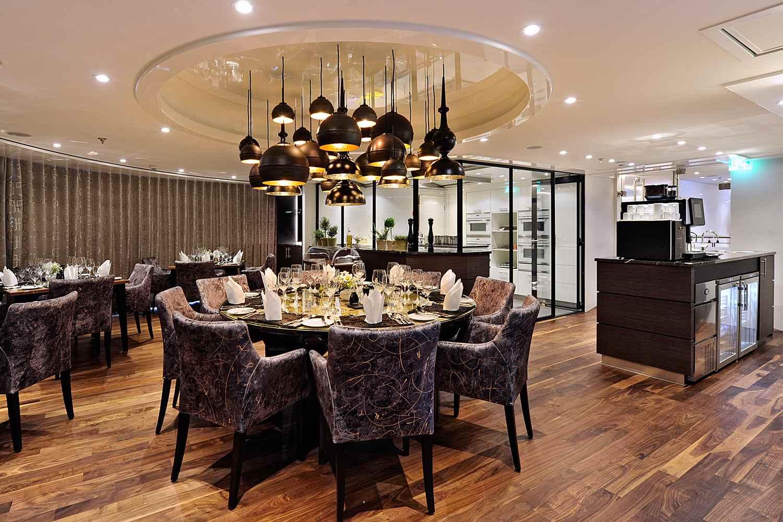 AMAViola Dining Room