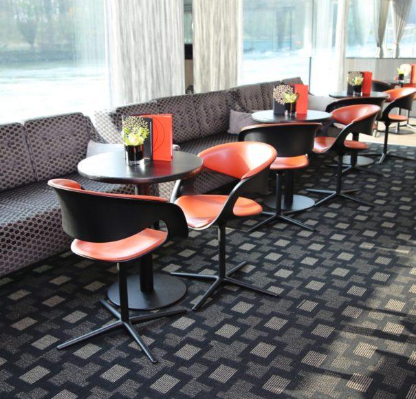 Scenic Jade Lounge