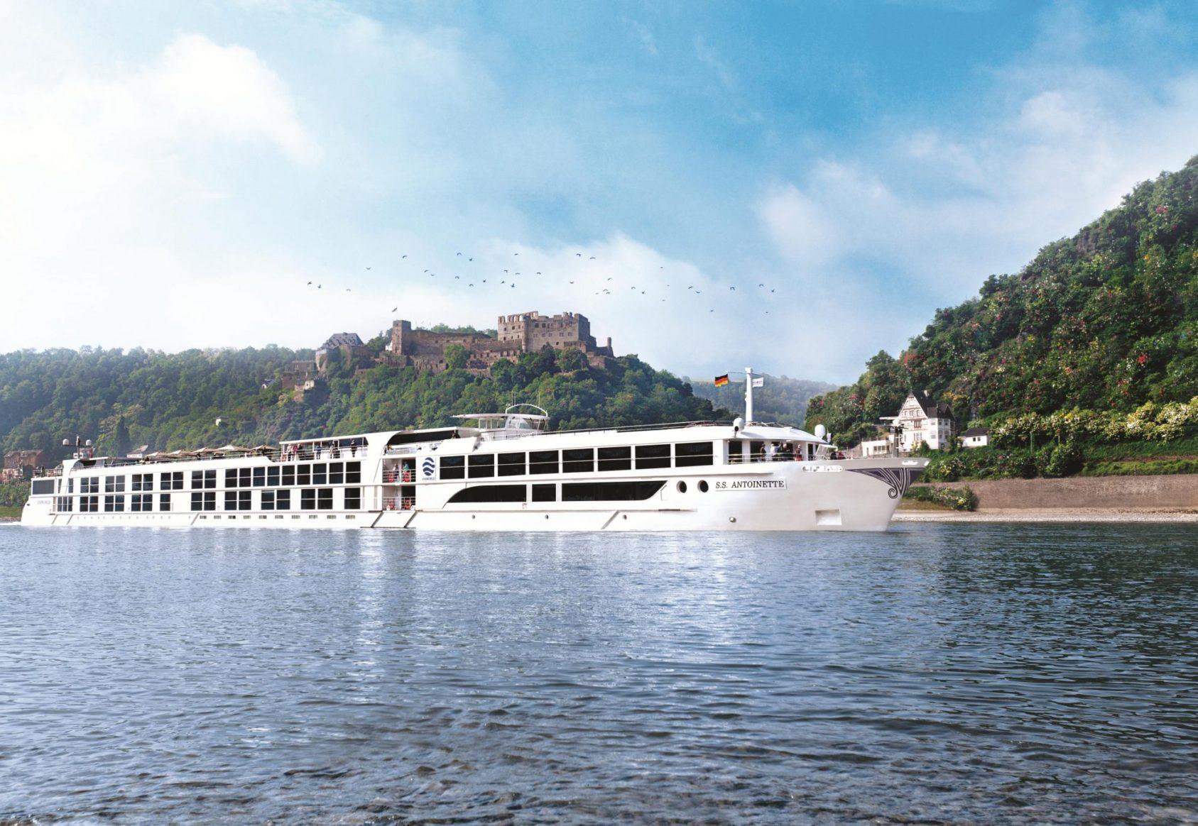 Uniworld SS Antoinette exterior