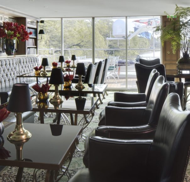 Uniworld SS Catherine - Bar du Leopard Lounge