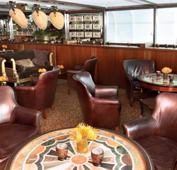 Uniworld SSS. Antoinette Bar du Leopard