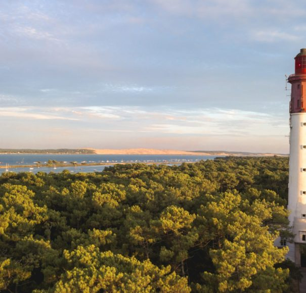 Bordeaux - Bassin-d'Arcachon,-Cap-Ferret-Lighthouse-and-Dune-du-PylaLowRes