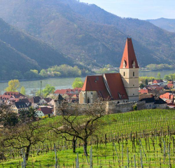 Danube-Beautiful-small-village-of-Weissenkirchen-in-der-WachauLowRes