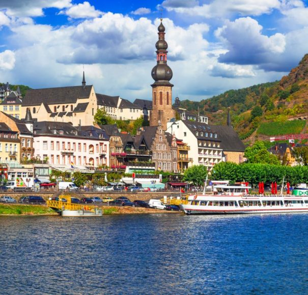 Rhine-river-cruises.-Cochem-townLowRes