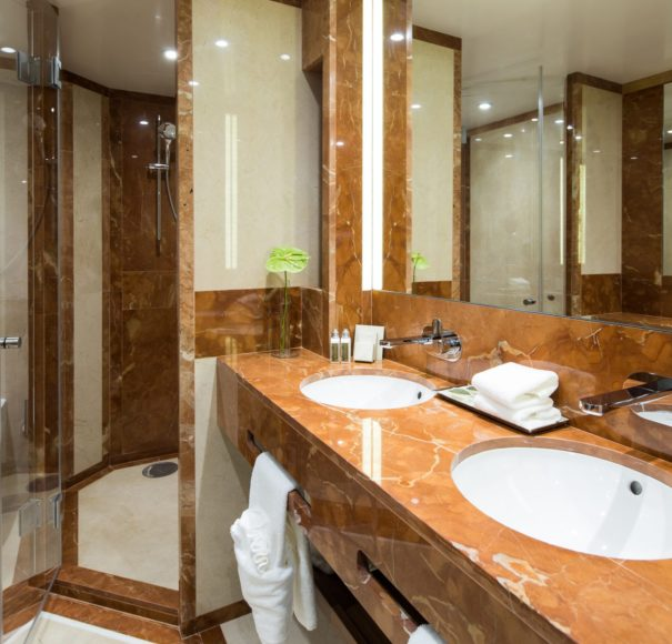 Riviera-Travel-DouroElegance-Bathroom