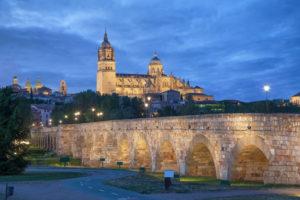 Douro - Salamanca at night