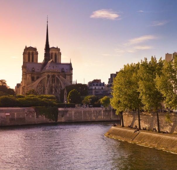APT River Cruises Paris France Romantic Seine