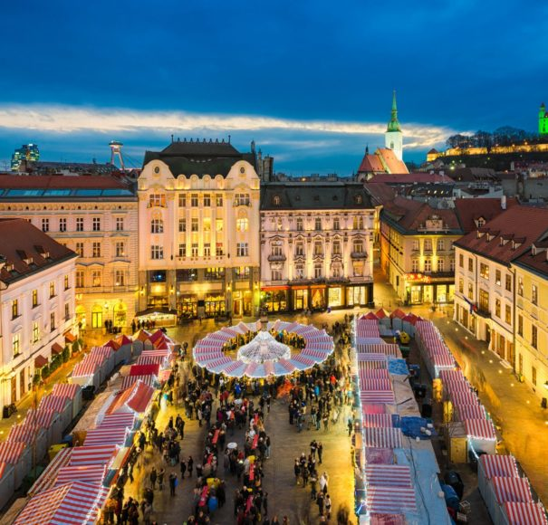 hristmas-market-in-Bratislava,-Slovakia