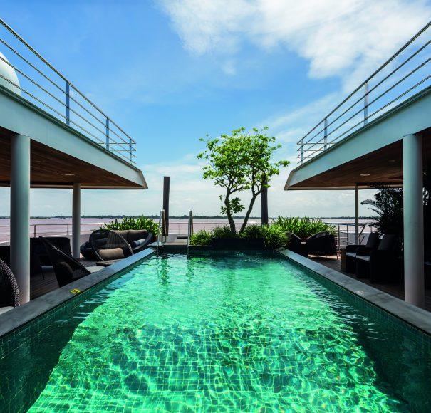Scenic Spirit Pool Deck