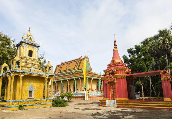 Day 9 -  Wat Hanchey & Kampong Cham