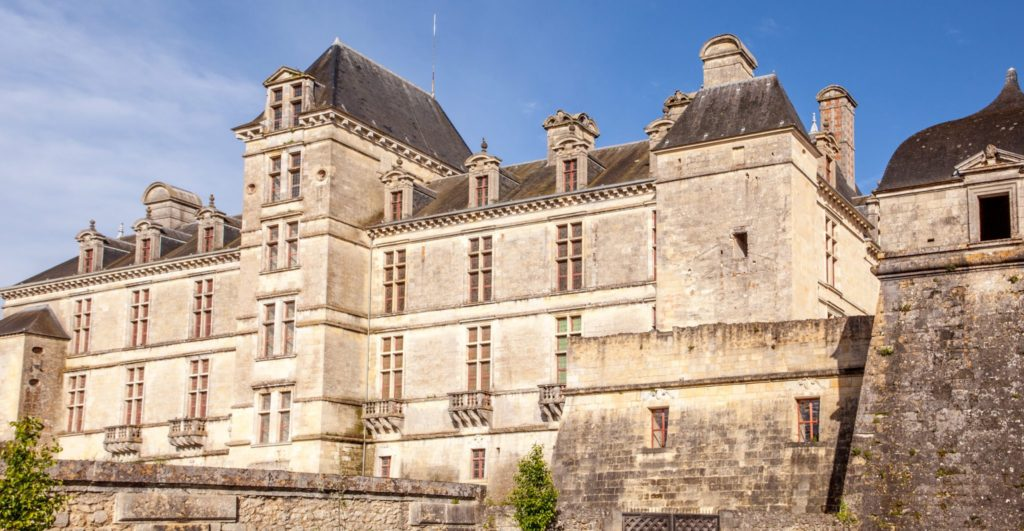 Taste of Bordeaux River Cruise itinerary castle of Cadillac