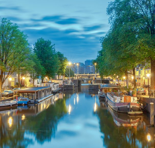 Amsterdam Canals APT River Cruises