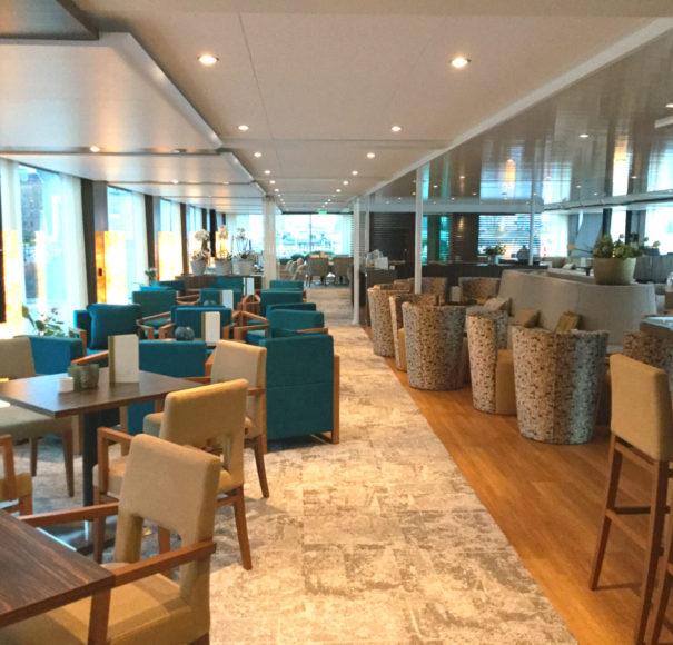 Amadeus Queen Lounge