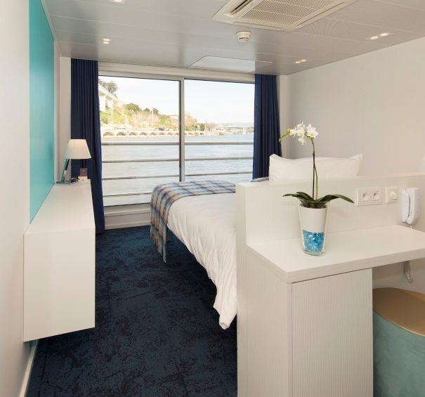 CroisiEurope MS Gil Eanes - Double Cabin, Middle Upper Decks