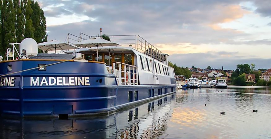 peniche-madeleine-canal-de-la-marne-au-rhin-croisieurope-slider01-bill-maloney