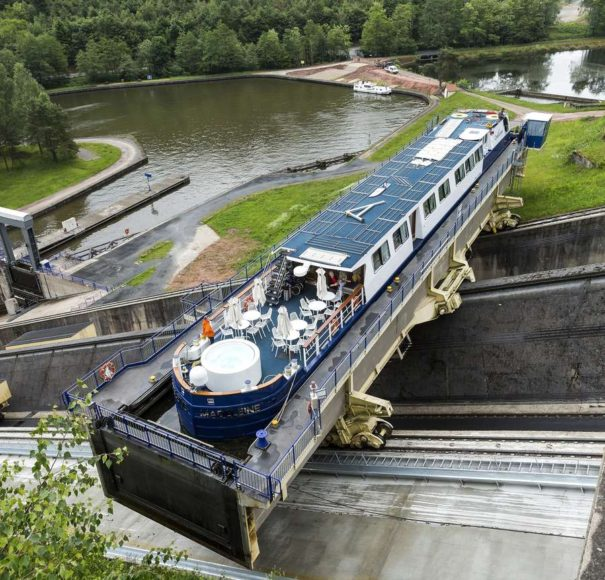 MS Madeleine, Arzviller Inclined Plane Boat Lift
