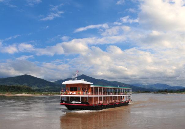 Day 2 - Into Laos