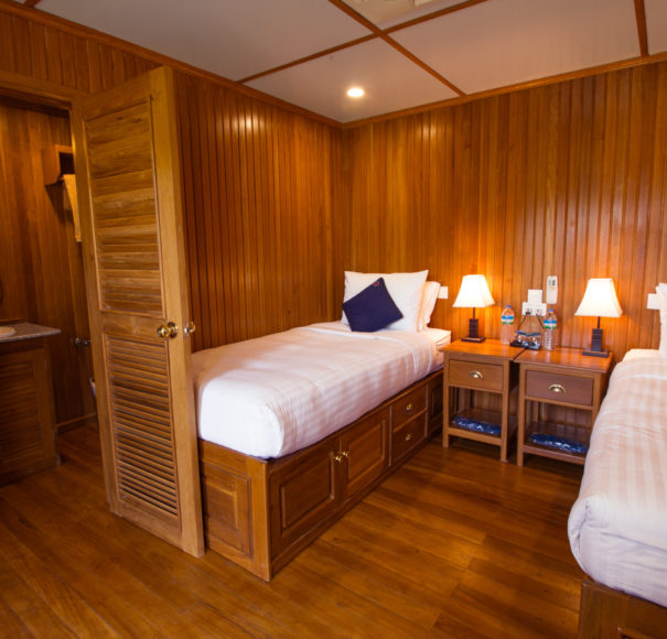 Kalaw Pandaw - Twin Cabin with Bathroom