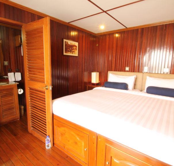 RV Mekong Pandaw - Cabin with Bathroom