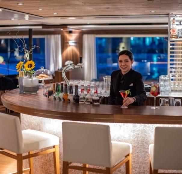 Amadeus Star - Panorama Bar