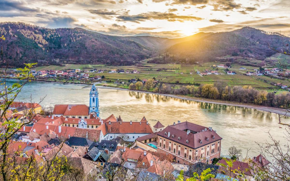 AmaWaterways Flash Suite Sale